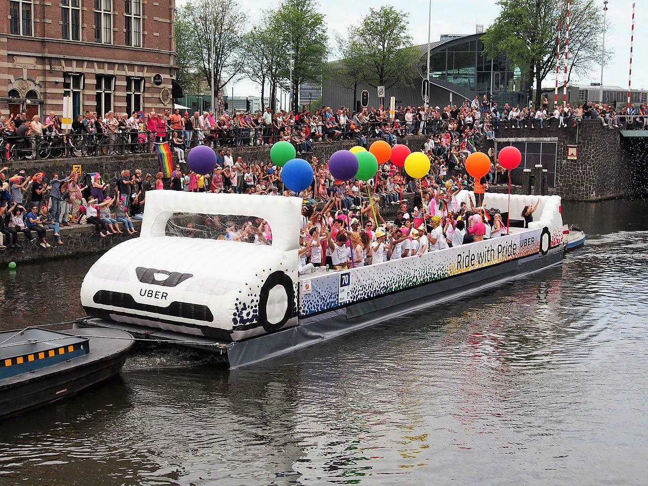 File:Boat 70 Uber, Canal Parade Amsterdam 2017 foto 1 JPG