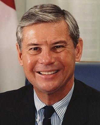 1998 United States Senate election in Florida - Image: Bob Graham Cropped