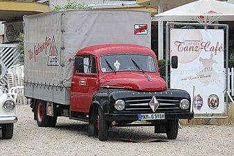 Borgward B 1500 1954-1960 (2014-08-31 6870).JPG