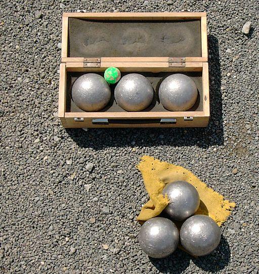 Boules or Petanque set