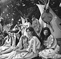 Bundesarchiv Bild 183-J0628-0006-001, Interessengemeinschaft Mandan-Indianer.jpg