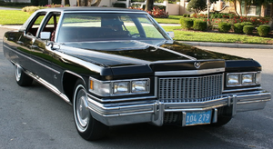 Cadillac Sixty Special - 1975 Cadillac Fleetwood Brougham