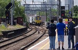 Camden Road railway station MMB 18 66501.jpg