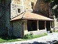 Cantabria Cicero iglesia San Pelayo portico lou.JPG