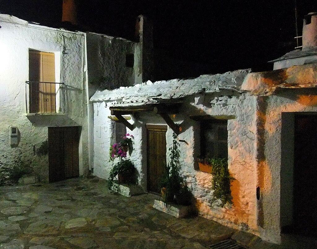 Blancos en la noche de Capileira
