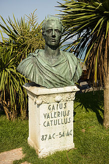 "Photograph of a bronze bust of a man. It rests on a stone plinth, on which the words ""Gaius Valerius Catullus 87 AC–54 AC"" are written."