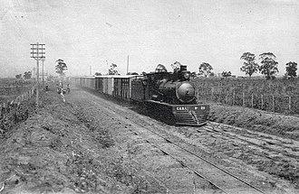 Compañía General de Ferrocarriles en la Provincia de Buenos Aires - Freight train running, c. 1910s.