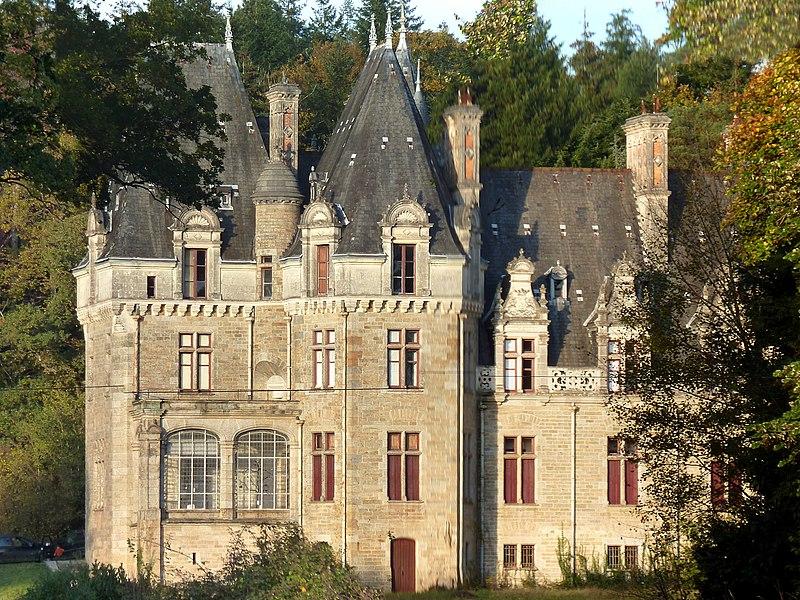 English:  Castle of Brossay, Renac, Ille-et-Vilaine, Brittany, France.