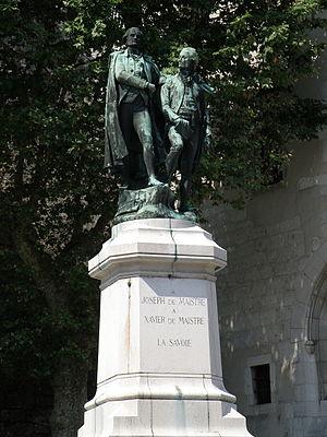 Ernest Henri Dubois - Image: Chambéry Place du Château 2
