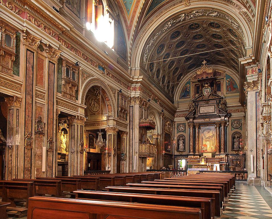 Intérieur de l'Eglise San Carlo Borromeo sur la place San Carlo à Turin - Photo de DDujany