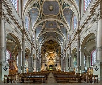 Saint-François-Xavier, Paris - Image: Church of Saint François Xavier Interior, Paris, France Diliff
