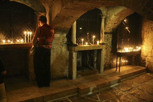 Church of the Holy Sepulchre-09-Prison of Christ