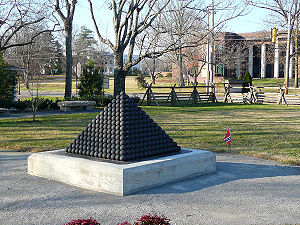 Patrick Cleburne - Memorial to Cleburne in Franklin