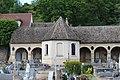 Cloître Cimetière Montfort Amaury 6.jpg