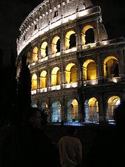 Colosseum-om-natten.jpg