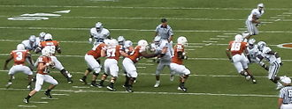 2007 Kansas State Wildcats football team - McCoy drops back to pass