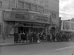 Empress Theatre (Montreal) - Empress Theatre in 1943