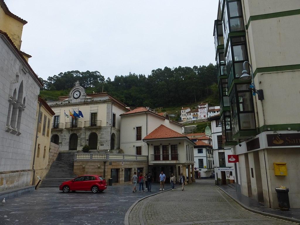 Conjunto Histórico de Cudillero, Ayuntamiento.jpg