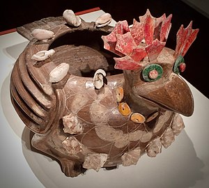 "De Young (museum) - ""Cover Pot"" for the Teotihuacan show, 2017-18. Avian effigy, 250 - 350 AD"