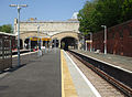 Crystal Palace stn platform 6 look west2.jpg
