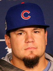 Cubs slugger Kyle Schwarber meets the media before -WorldSeries Game 1. (30478237481) (cropped).jpg