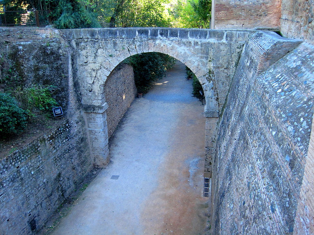 Acueducto desde la Acequia Real