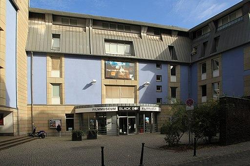 Düsseldorf - Schulstraße - Filmmuseum 02 ies