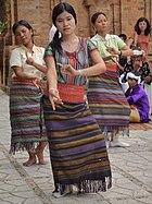 Danses Cham.jpg