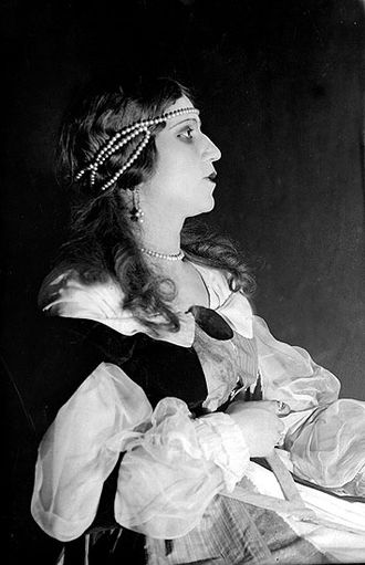 The Man Who Laughs - Azerbaijani actress Marziyya Davudova as Duchess Josiana (1929-1930).