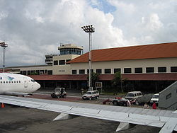 Denpasar national terminal&old tower.jpg
