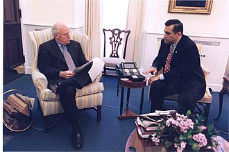 Darrell Issa - Issa with Vice President Dick Cheney in 2001