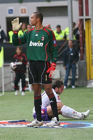 Dida (footballer, born 1973) - Dida and Giampaolo Pazzini in Milan's goalless home draw against Fiorentina on 6 May 2007