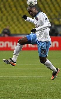 Didier Zokora 2011.jpg