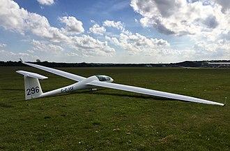 Imperial College Gliding Club - Image: Discus 296