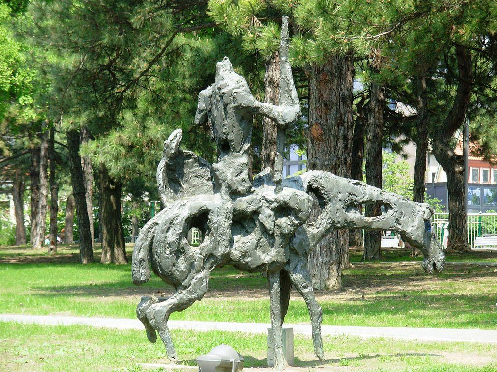 El Quijote del escultor John Soldatović. Parque Tasmajdan de Belgrado