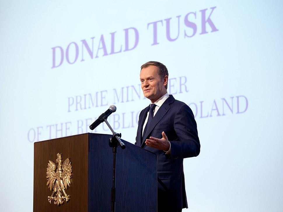 Donald Tusk AB