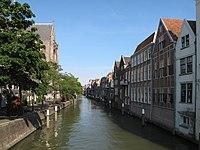 Dordrecht, stadsgracht bij Grote Kerk 2010-06-27 17.49.JPG
