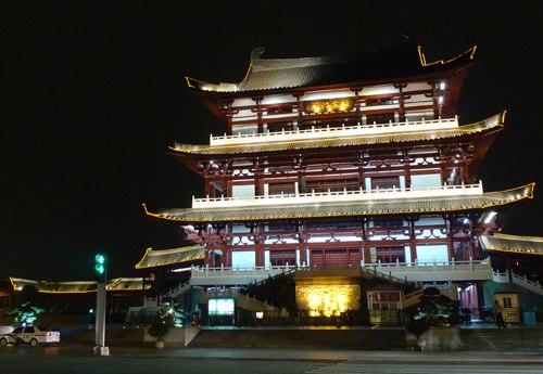 Dufujiangge at night