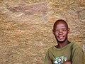 Essau is onze gids naar de rots-tekeningen (6521875921).jpg