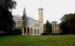 Füzérradvány, Károlyi-kastély homlokzata.jpg