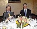 Fernando Henrique Cardoso y Carlos Menem cenan en Nueva York.jpg