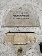 Feuerhalle Simmering - Arkadenhof (Abteilung ARI) - Karl Belohradsky 01.jpg