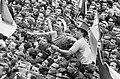 Feyenoord kampioen Huldiging op de Coolsingel Coen Moulijn en Frans Bouwmeeste, Bestanddeelnr 913-9171.jpg