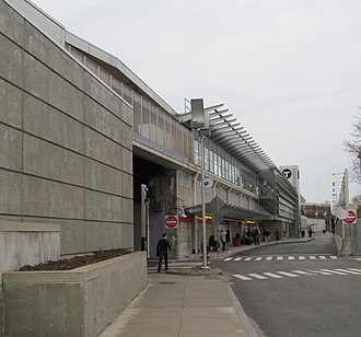 Fields Corner station - The south busway at Fields Corner