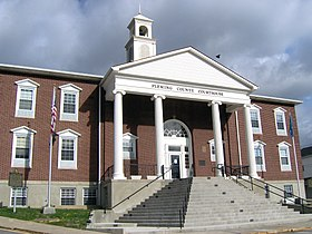 Fleming County, Kentucky courthouse 2.jpg