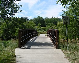 Footbridge over South Branch Papillion Creek