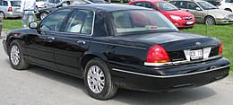 Ford Crown Victoria (7283672580).jpg