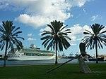 """Fotos del crucero """"Splendour of the Seas"""" de Royal Caribbean en el muelle de Santa Catalina del Puerto de Las Palmas de Gran Canaria Islas Canarias (6424813277).jpg"""