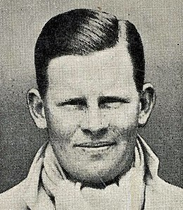 Freddie Brown Cigarette Card.jpg