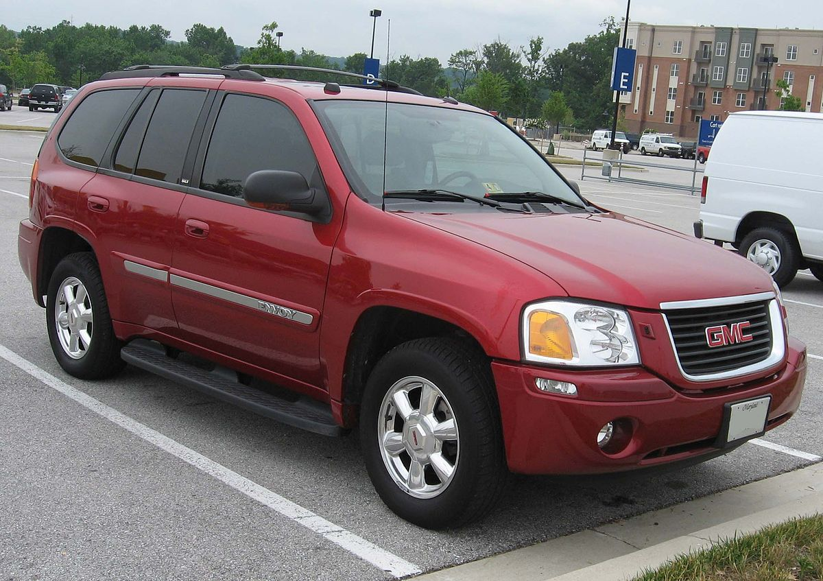 GMC Envoy - Wikipedia